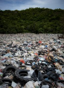 Landfill | 15 Ways To Reduce Plastic Waste and Plastic Pollution | Reusaboo