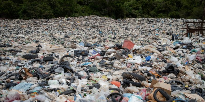 Landfill   15 Ways To Reduce Plastic Waste and Plastic Pollution   Reusaboo