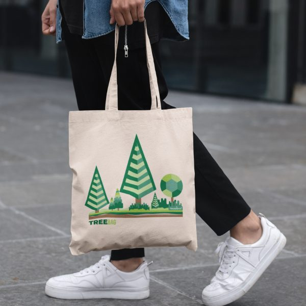 Tree Bag Lifestyle Square 2 | Reusaboo